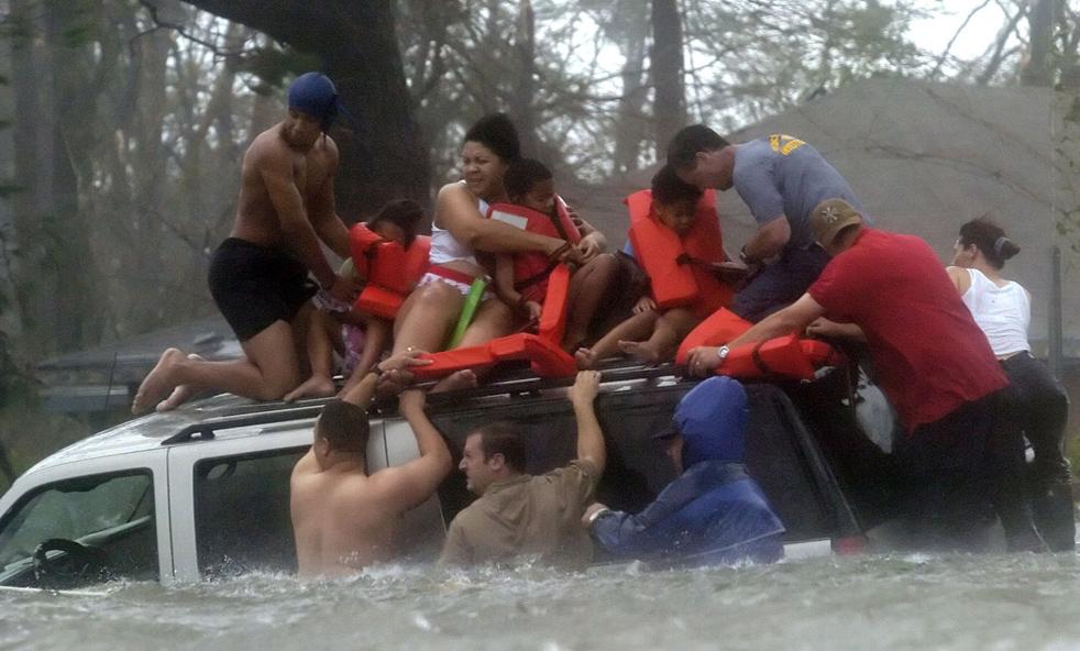Stranded family rescued during Hurricane Katrina