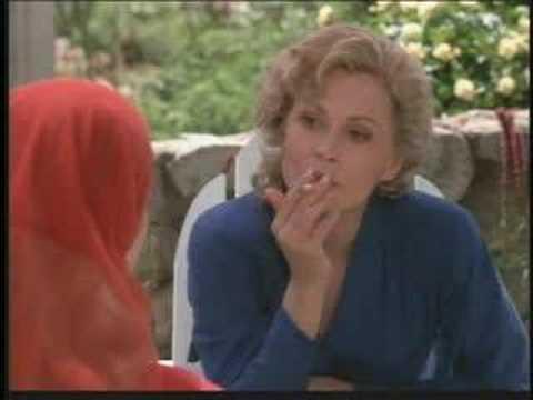 "Faye Dunaway as Serena Joy in ""Handmaid's Tale"""
