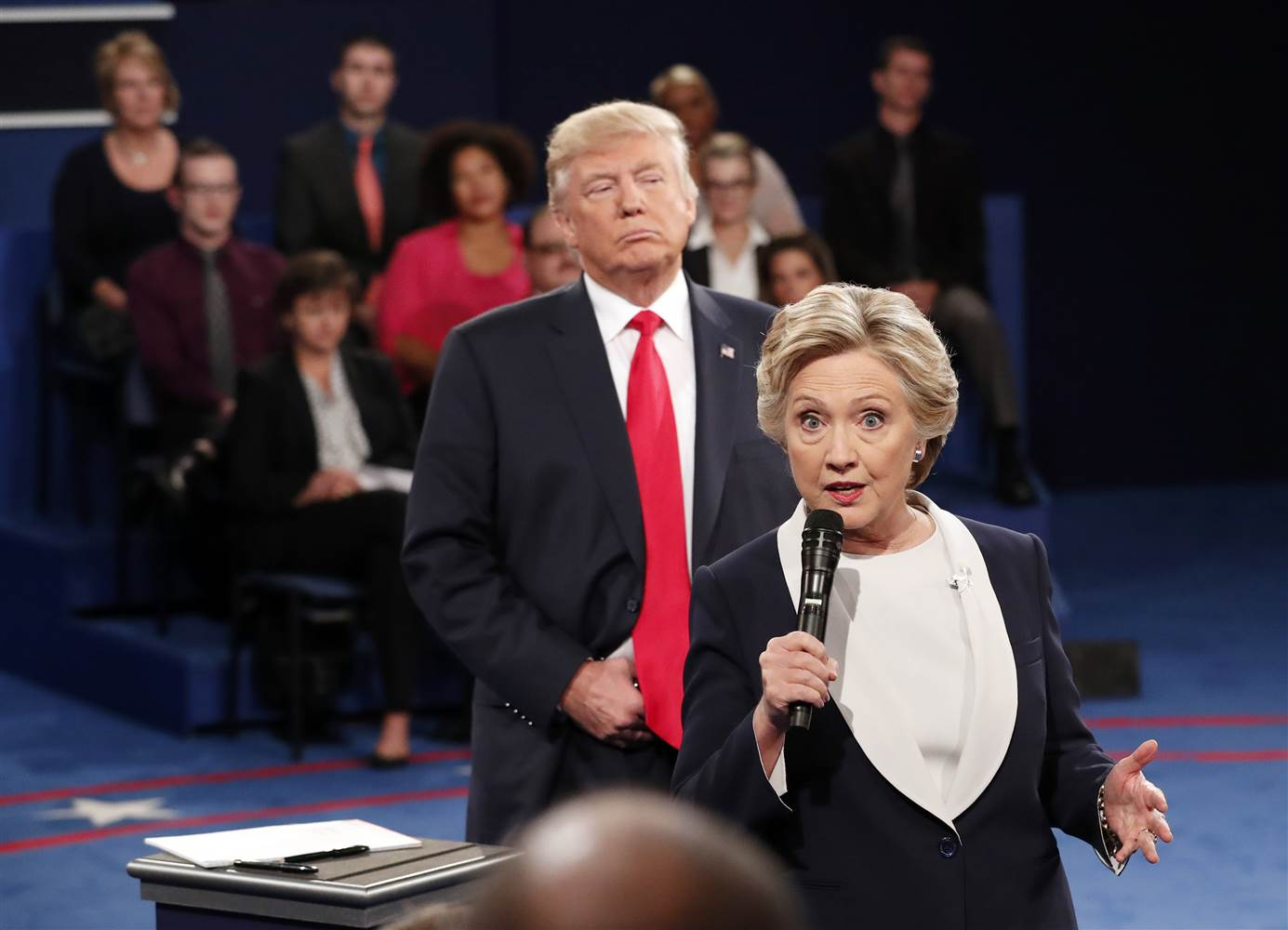 Clinton and Trump in their second debate