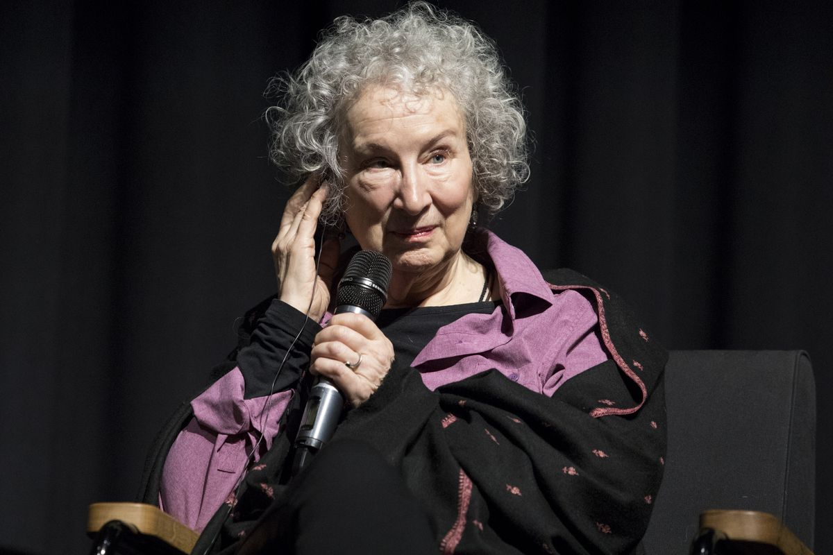 true trash margaret atwood essay Narrative perspective in margaret atwood's stories,' dieter meindl classifies the stories in dancing girls and bluebeard's egg according to narrative perspective (point of view.